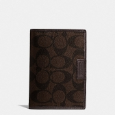 68667 coach heritage signature passport case