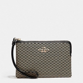13311 corner zip wristlet in legacy jacquard  light gold/milk