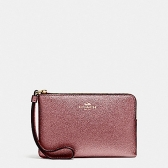 21070 corner zip wristlet in metallic crossgrain leather