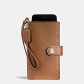 53977 crossgrain leather phone clutch