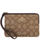 58033 corner zip wristlet in outline signature